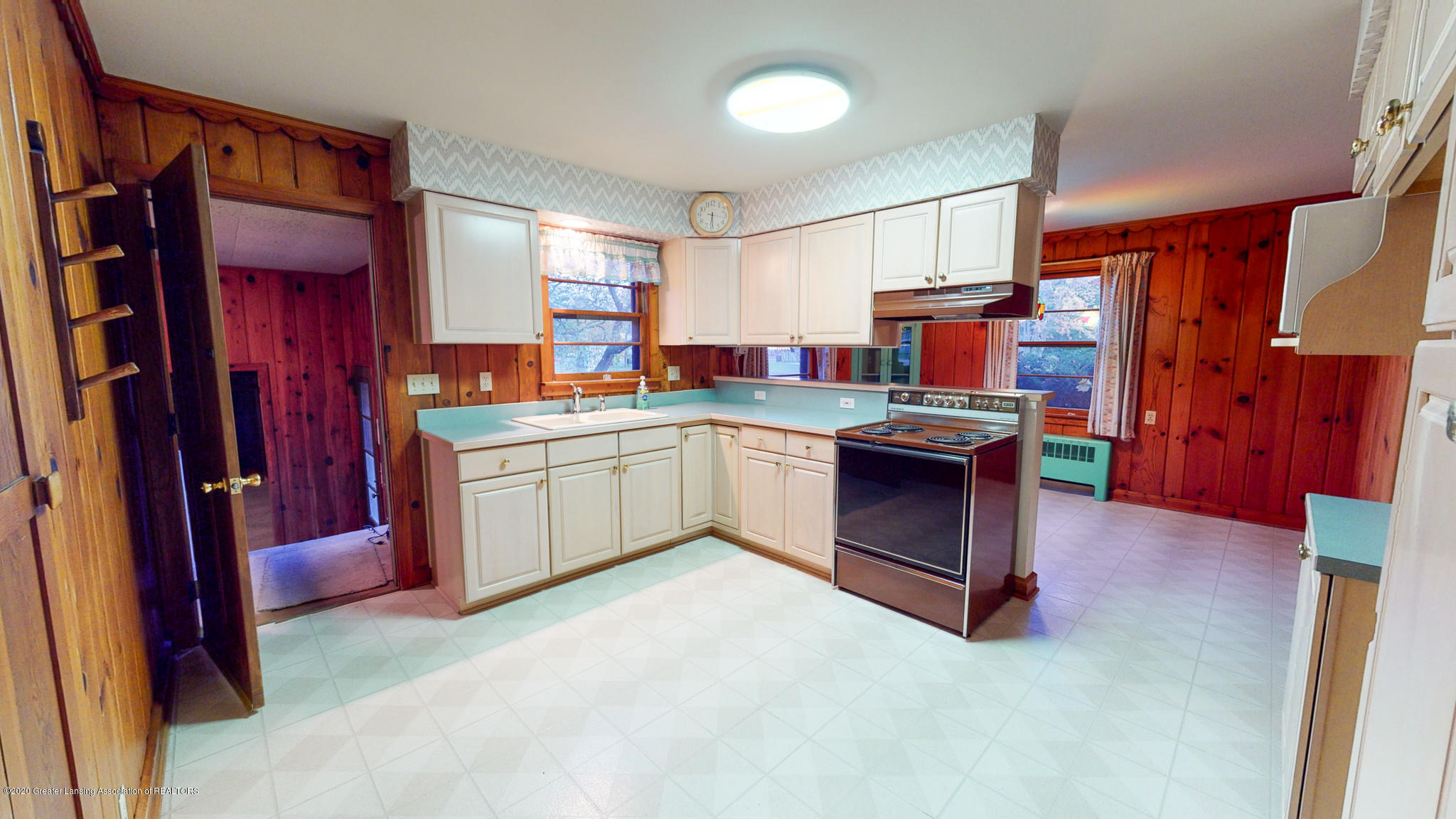 4538 Holt Rd - Kitchen - 2