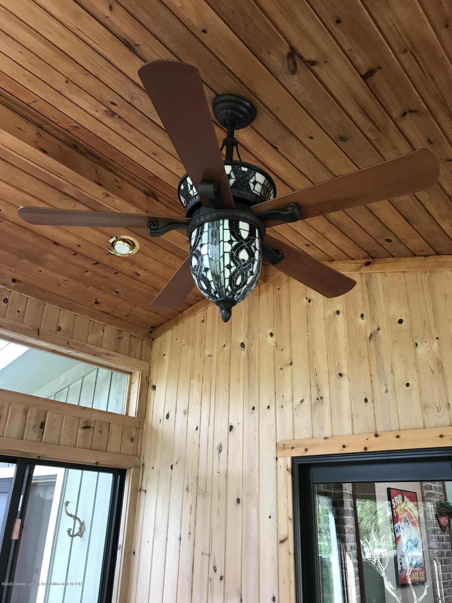 93 Agate Way - ceiling fan in sun room - 8