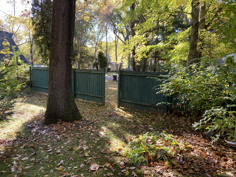 93 Agate Way - side yard fence - 26