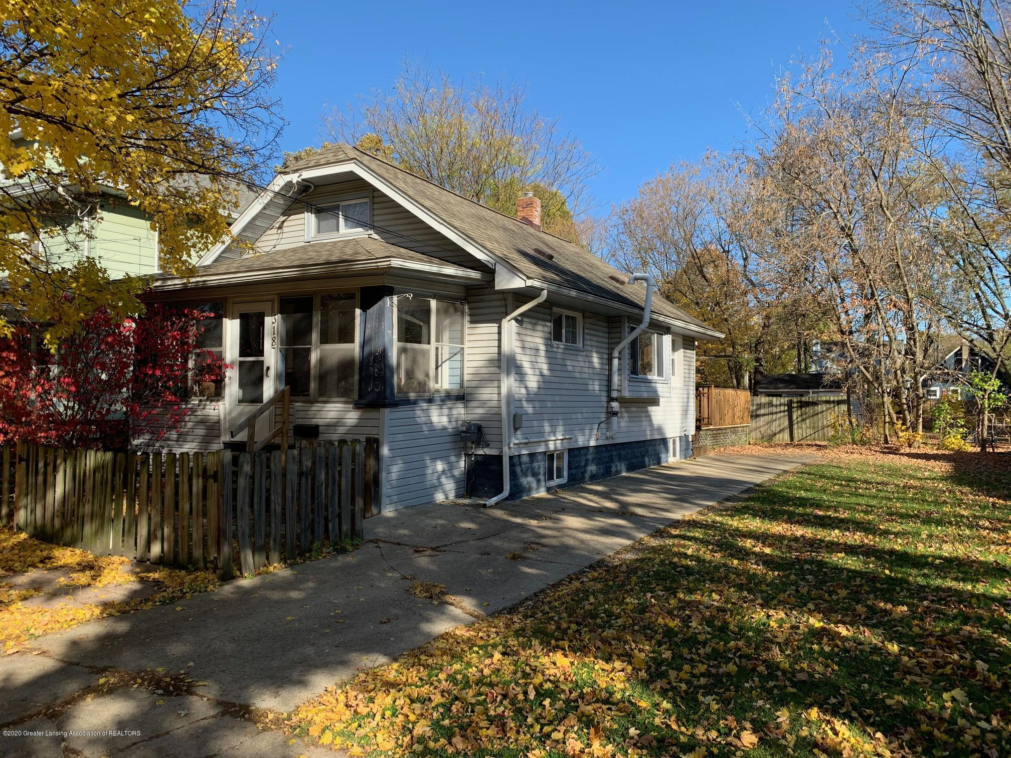 318 N Clemens Ave - IMG_1027 - 1