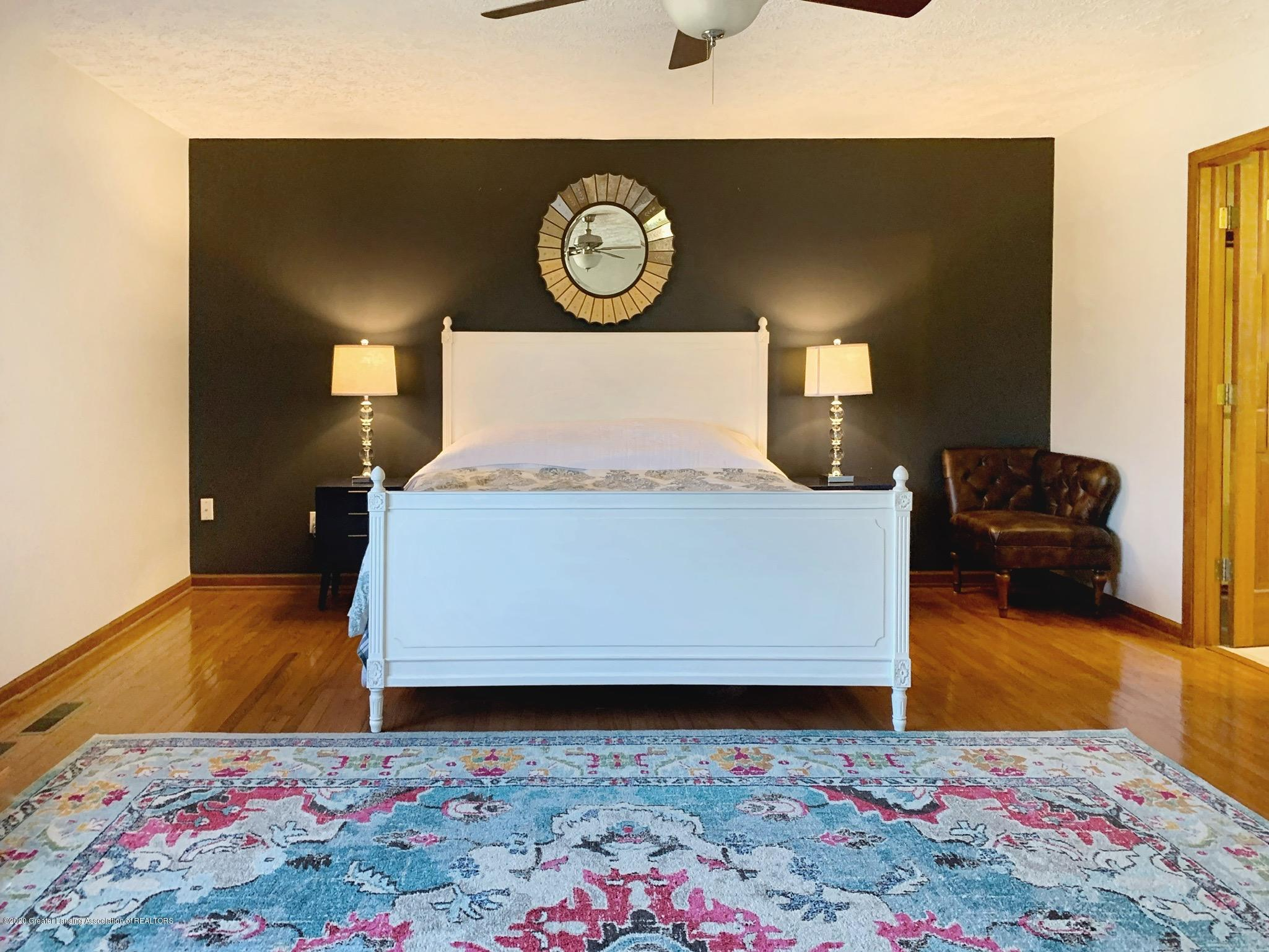 2139 Woodfield Rd - Bedroom - 11