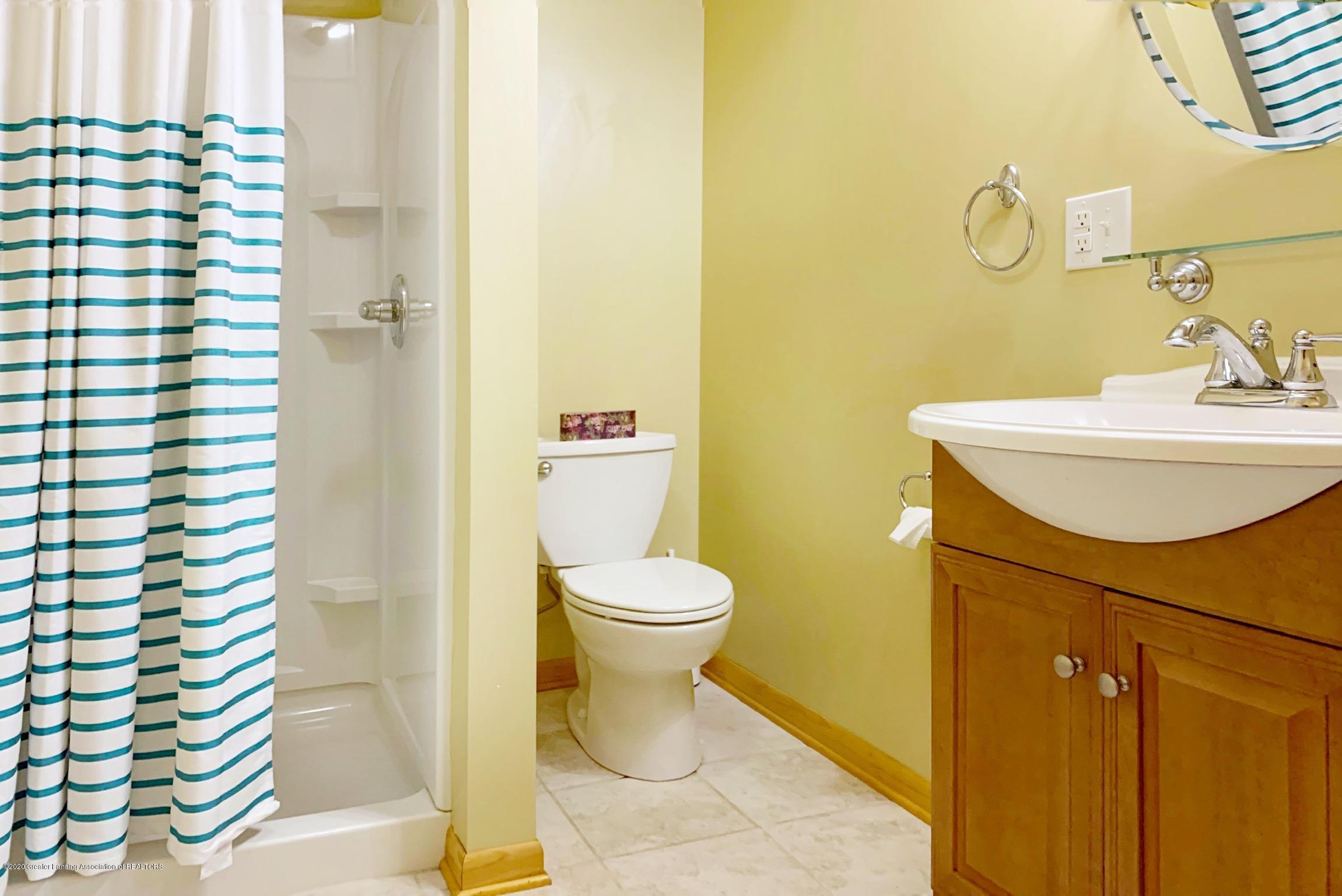 2139 Woodfield Rd - Bathroom - 23