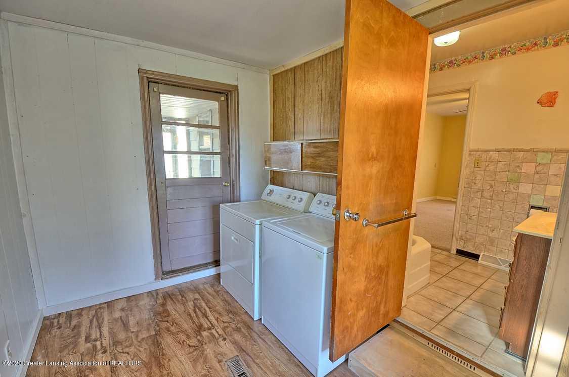 4874 Burt Ave - Laundry - 20