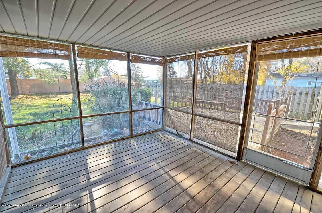 4874 Burt Ave - Screened porch - 26