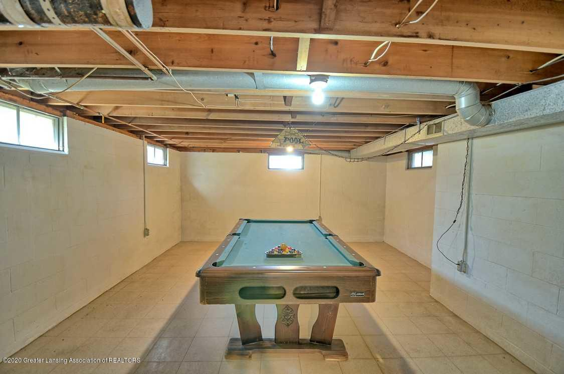 4874 Burt Ave - Pool table in rec room - 22