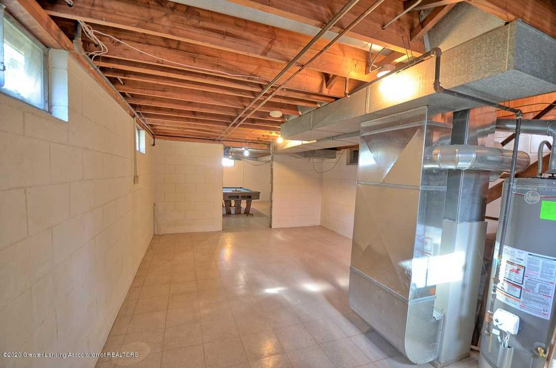 4874 Burt Ave - Lower level - 24