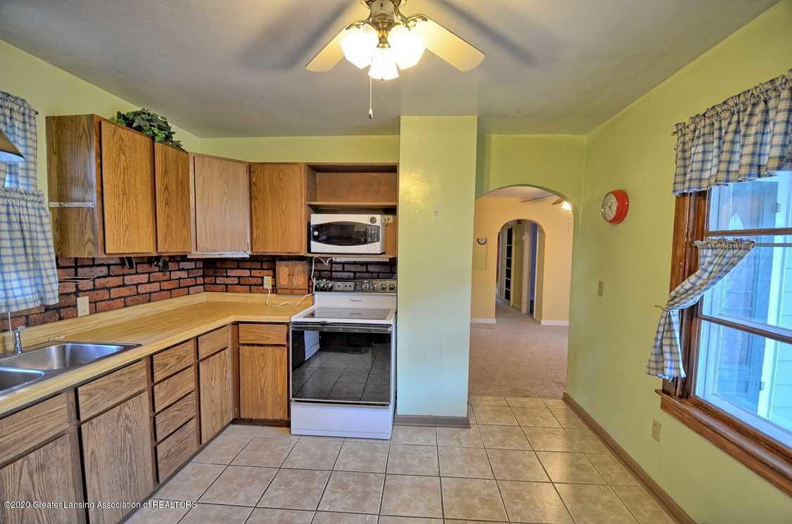 4874 Burt Ave - Kitchen - 9