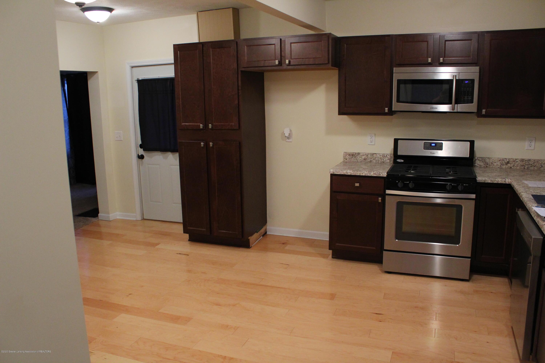 901 N Cochran Ave - 5 Kitchen - 5