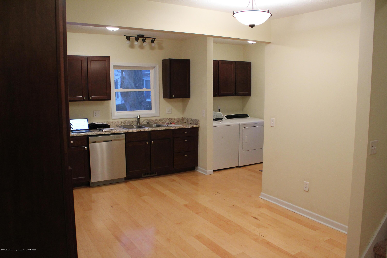 901 N Cochran Ave - 6 Kitchen - 6