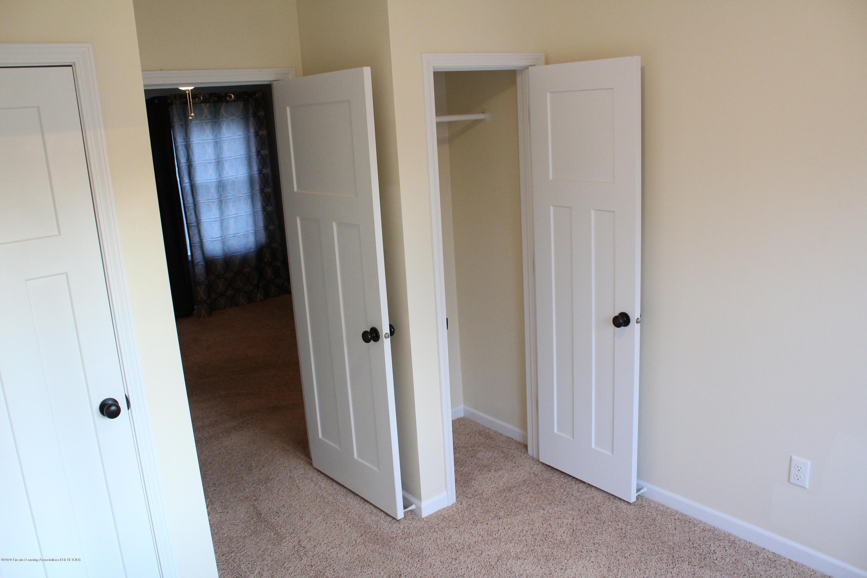 901 N Cochran Ave - 9 Level 1 bedroom - 9