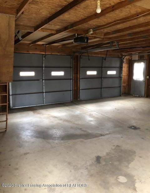 9349 Wilson Rd - Garage - 7