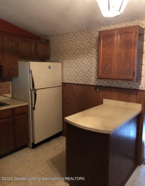 9349 Wilson Rd - Kitchen 2 - 5