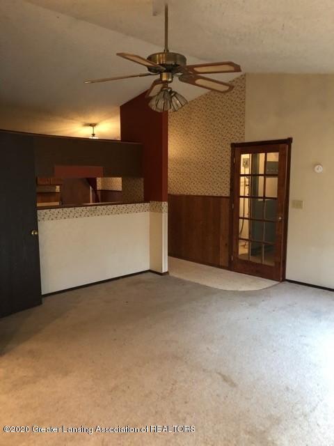9349 Wilson Rd - Living Room - 2