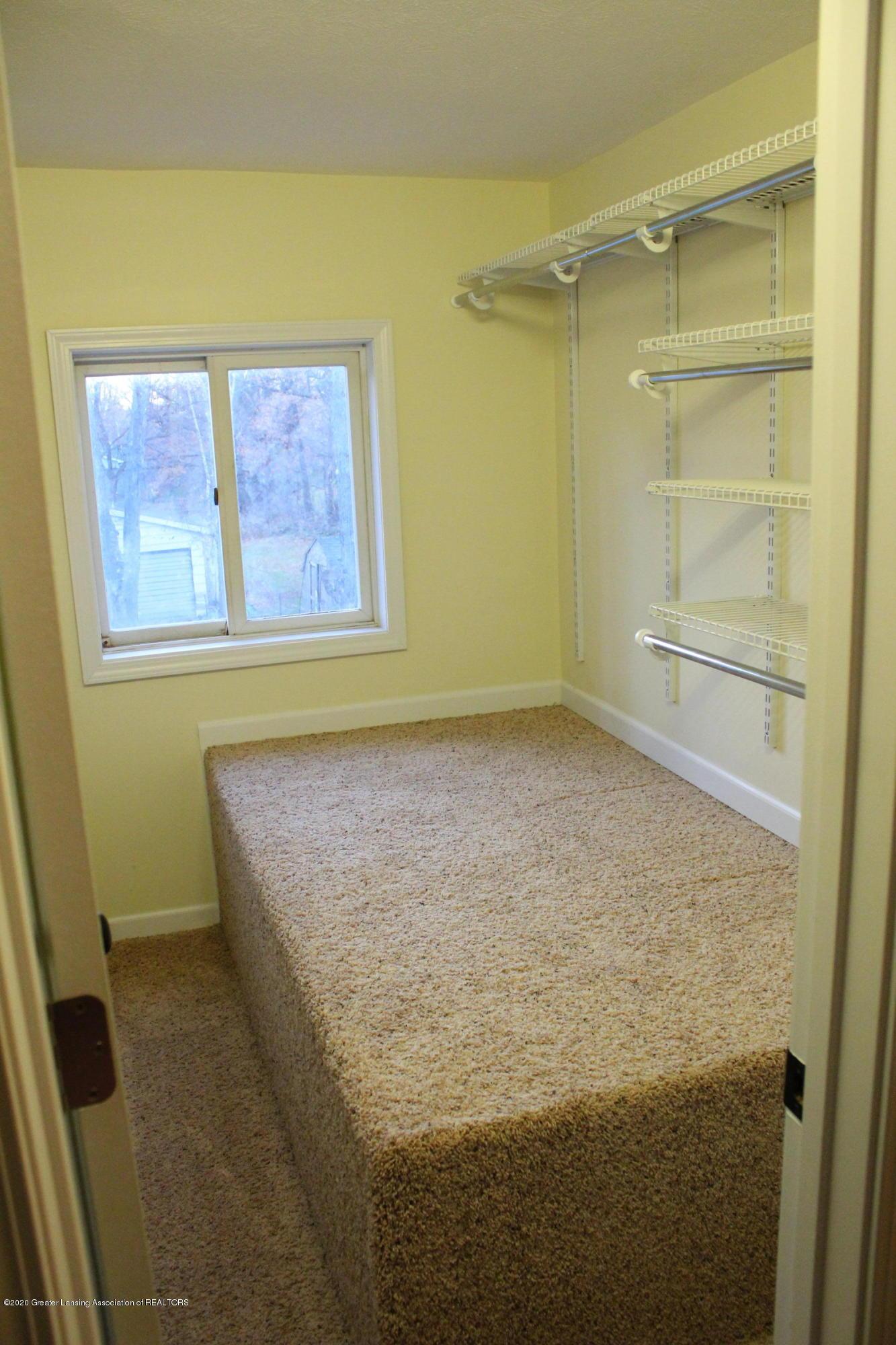901 N Cochran Ave - 13 storage closet level 2 - 13