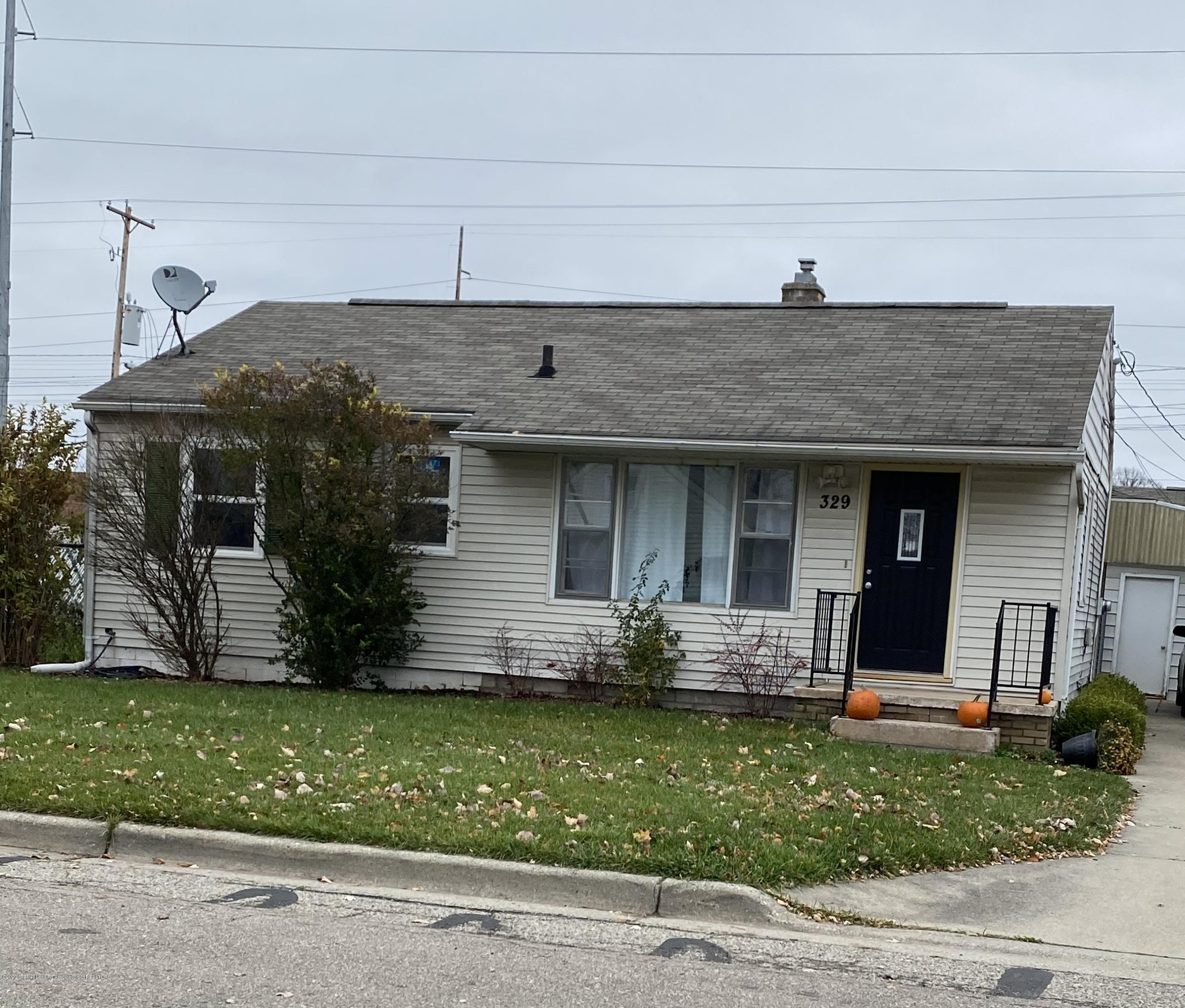 329 Hungerford St - Front - 1