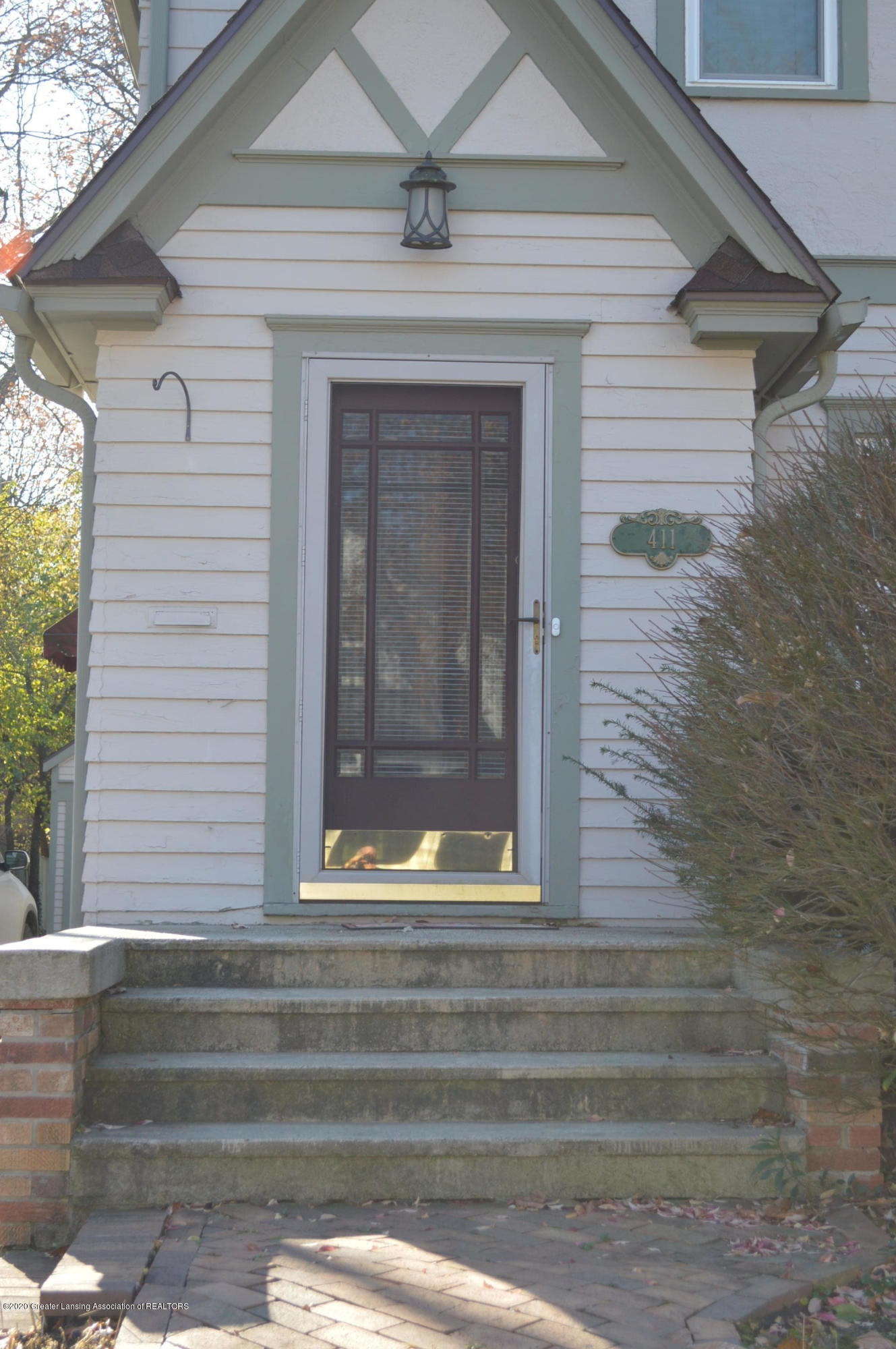 411 Marshall St - Come in! - 7