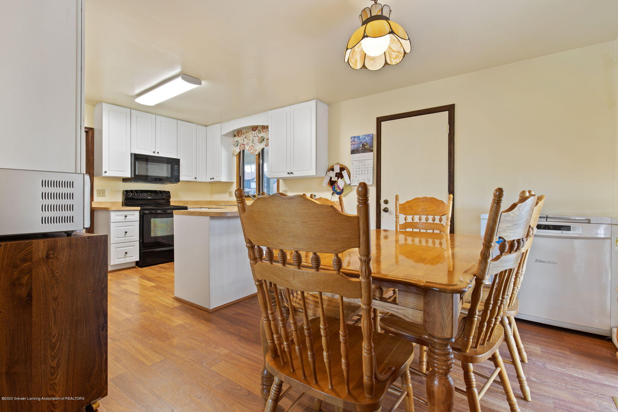 3944 Jonquil Ln - Kitchen Dining - 14