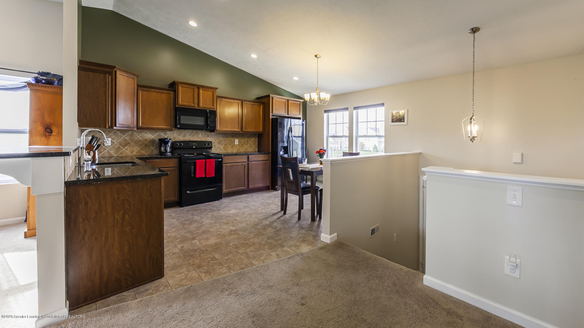 15845 Turnberry St - 15845Turnberry05 - 5