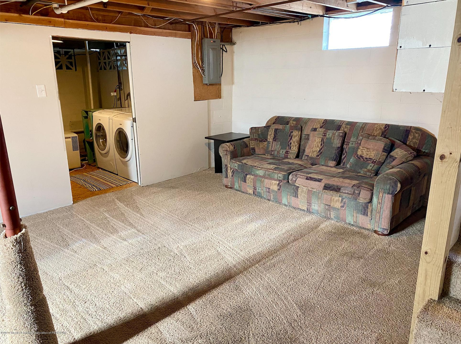 1505 Guenther Ave - Rec Room - 31