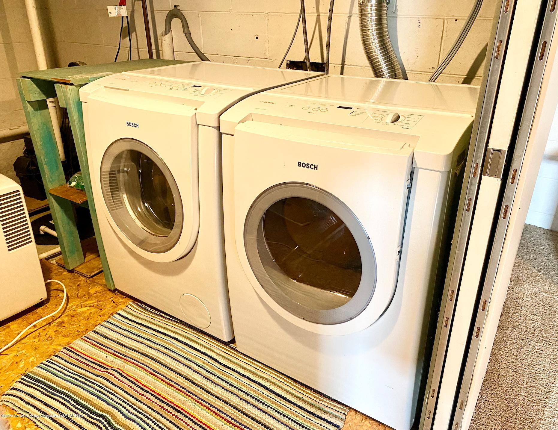 1505 Guenther Ave - Laundry - 35