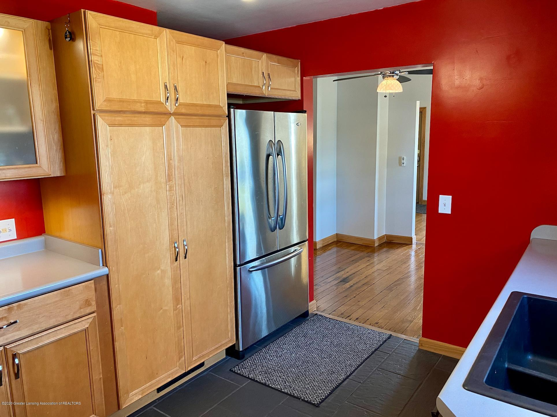 1505 Guenther Ave - Kitchen - 14
