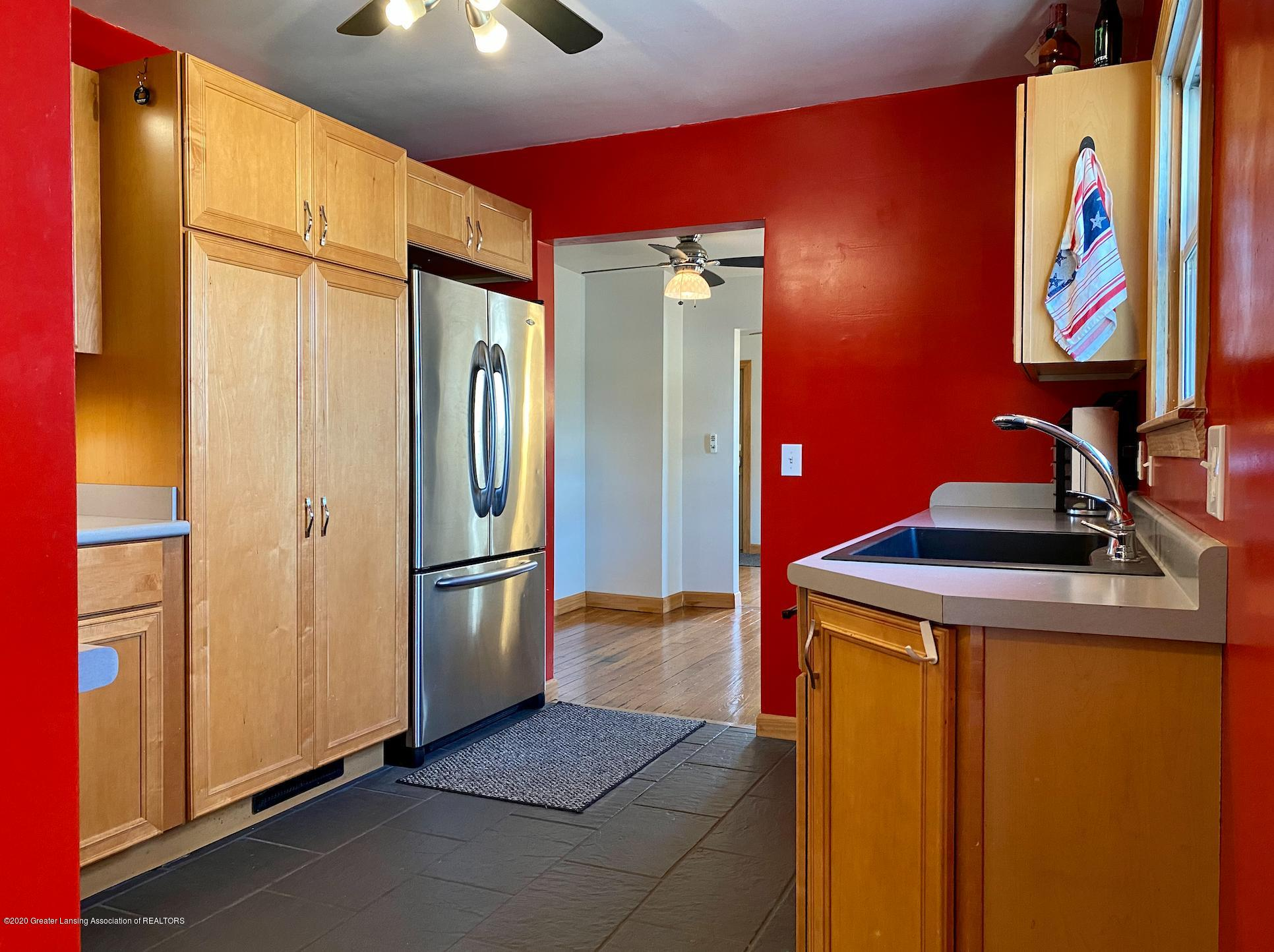 1505 Guenther Ave - Kitchen - 12