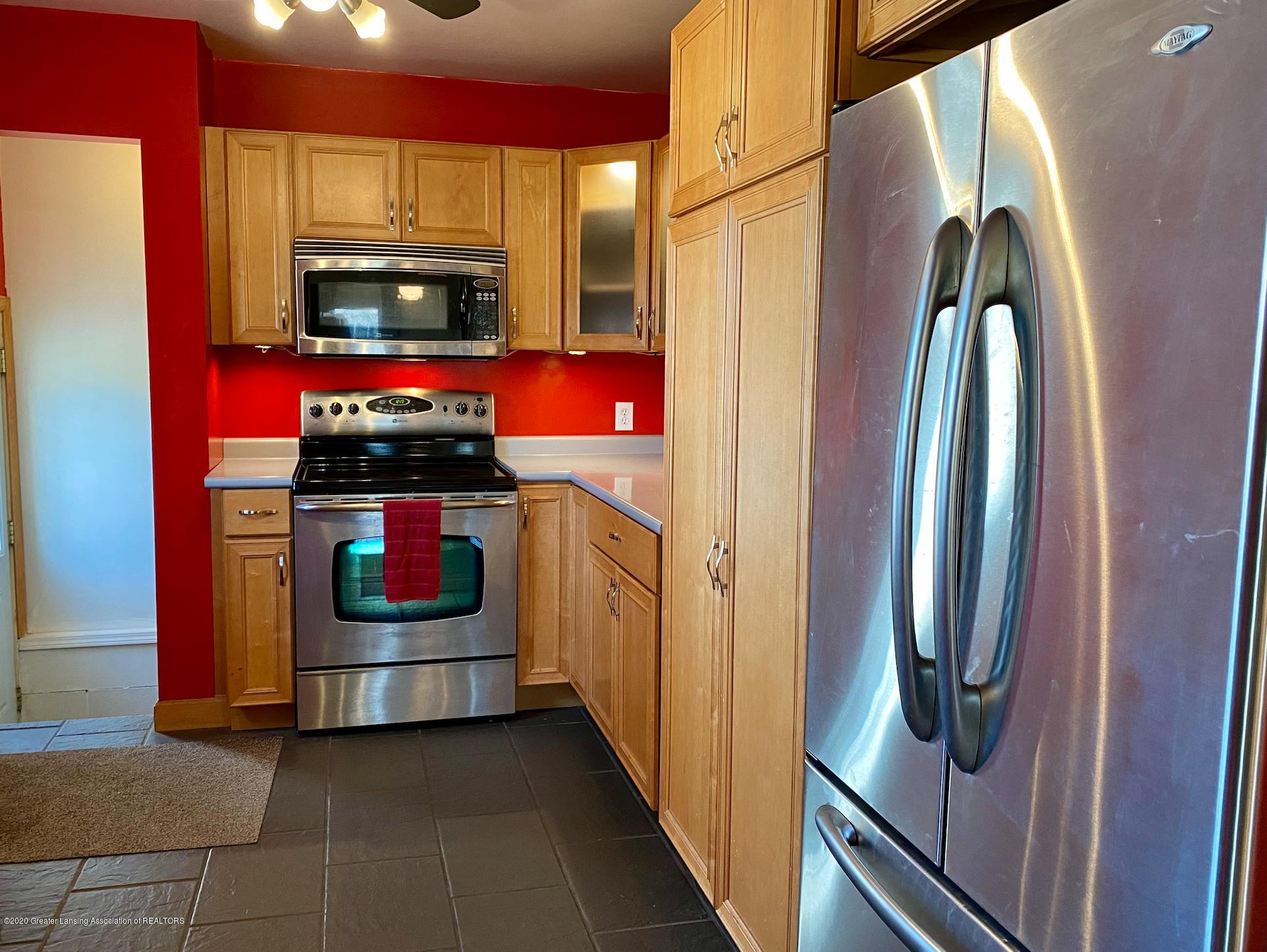 1505 Guenther Ave - Kitchen - 13