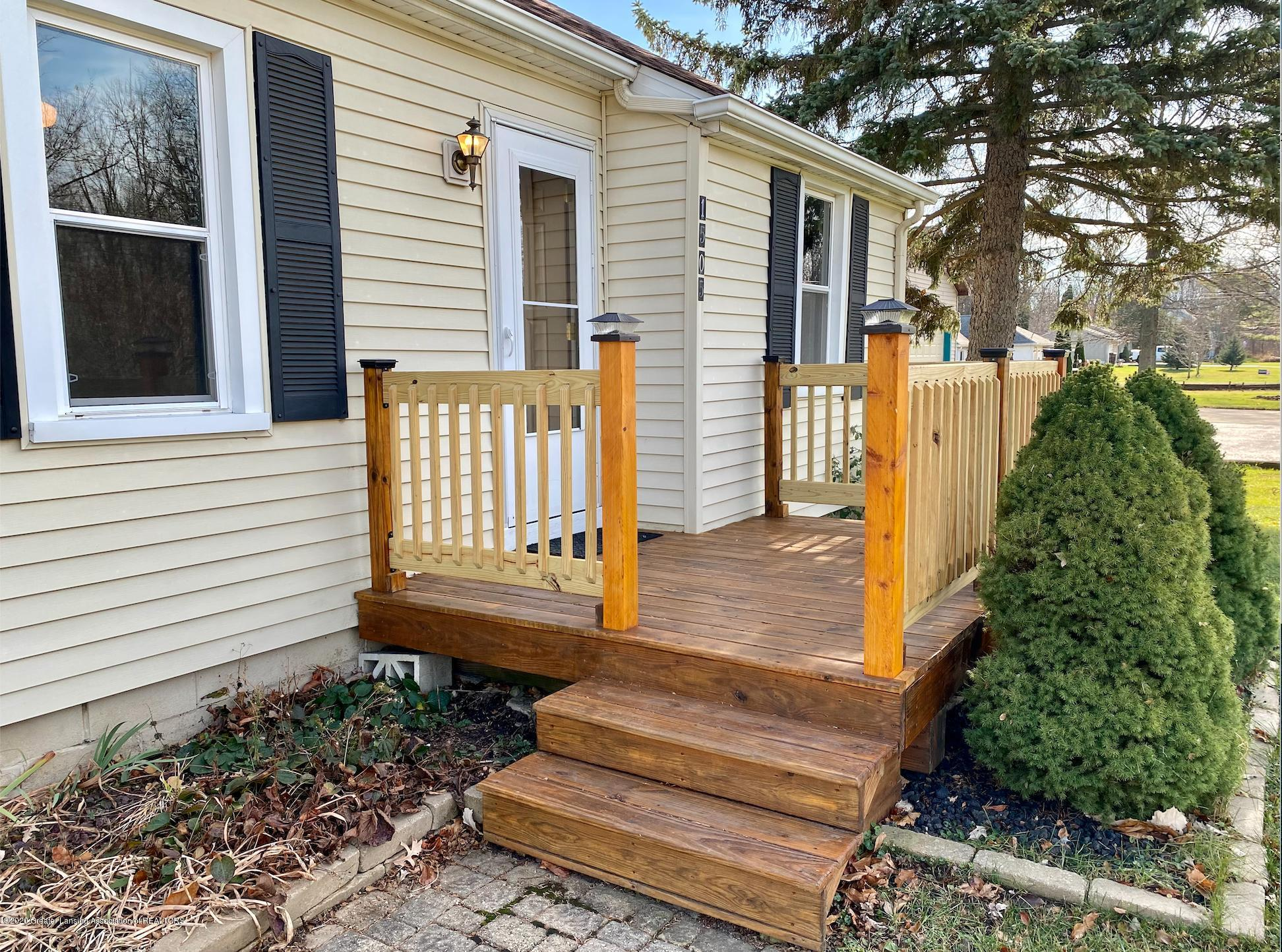 1505 Guenther Ave - Front Porch - 3