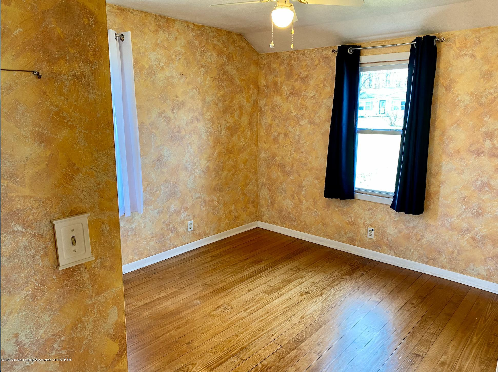 1505 Guenther Ave - Bedroom 3 - 26