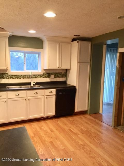 834 Mason St - kitchen - 11