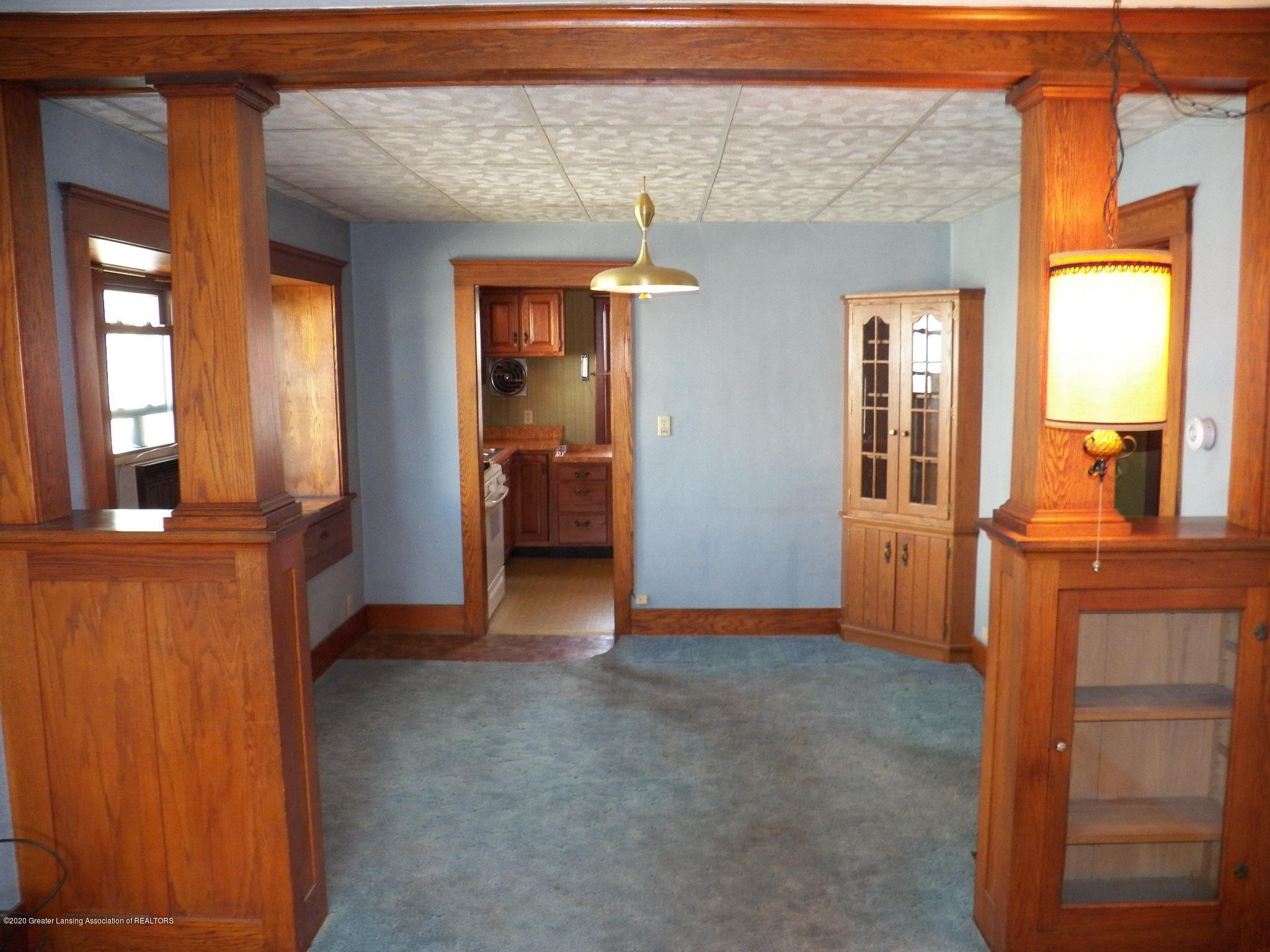 1021 E North St - dining room - 5