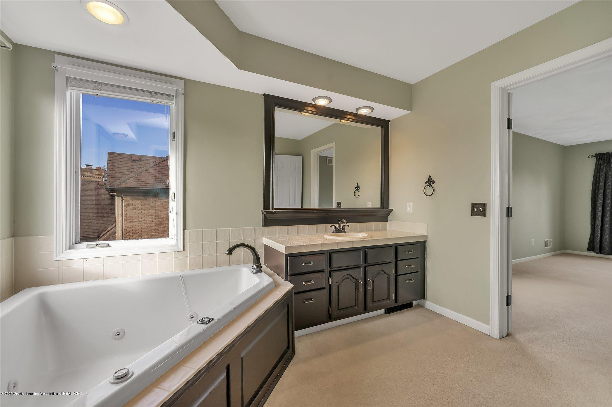 6261 Windrush Ln - (27) SECOND FLOOR Master Bathroom - 27
