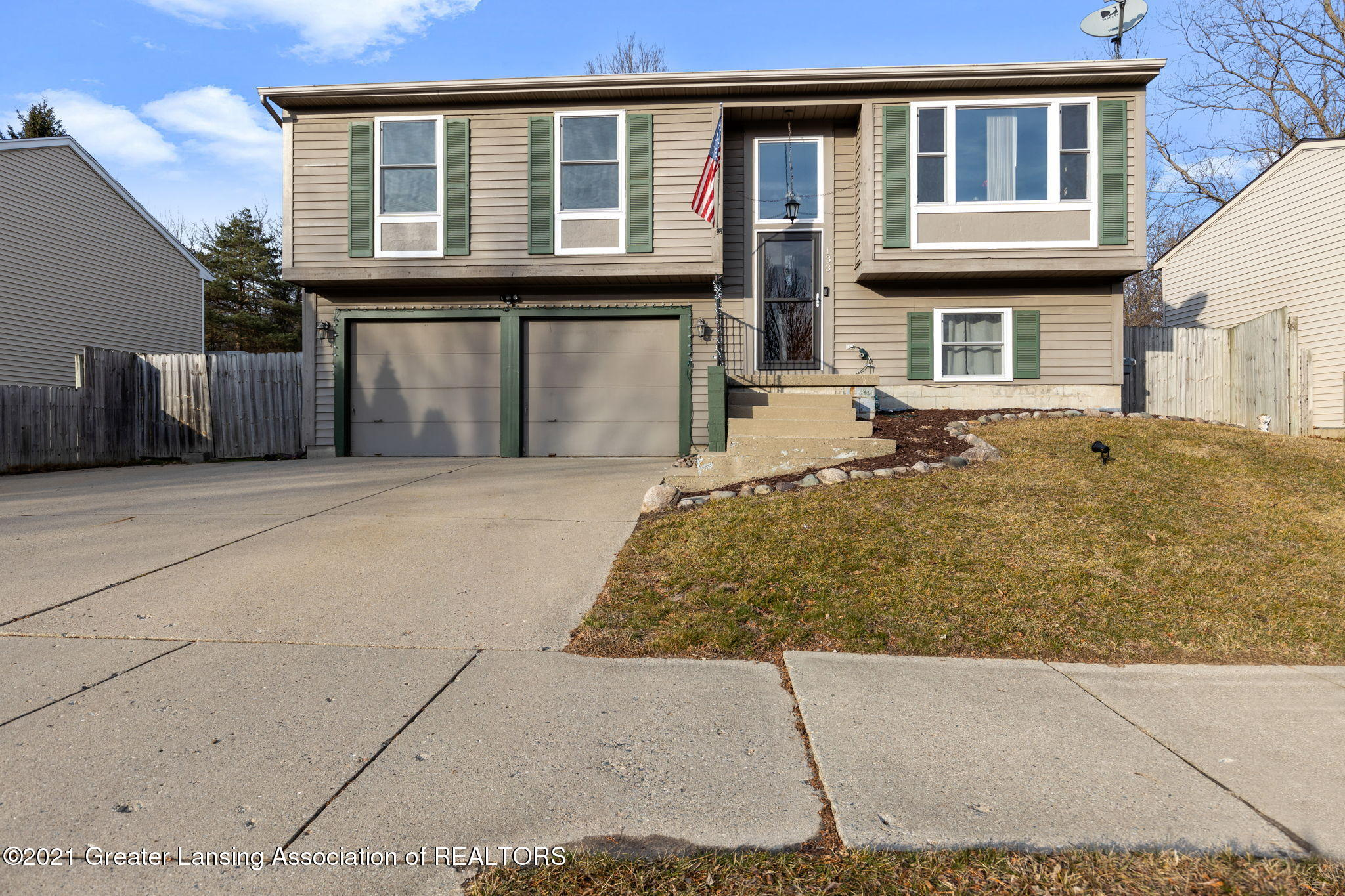 133 Olympia Dr - Front - 1