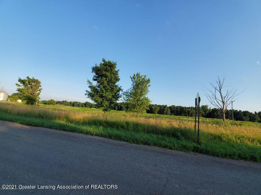 4573 E Willoughby Rd - 1 - 1