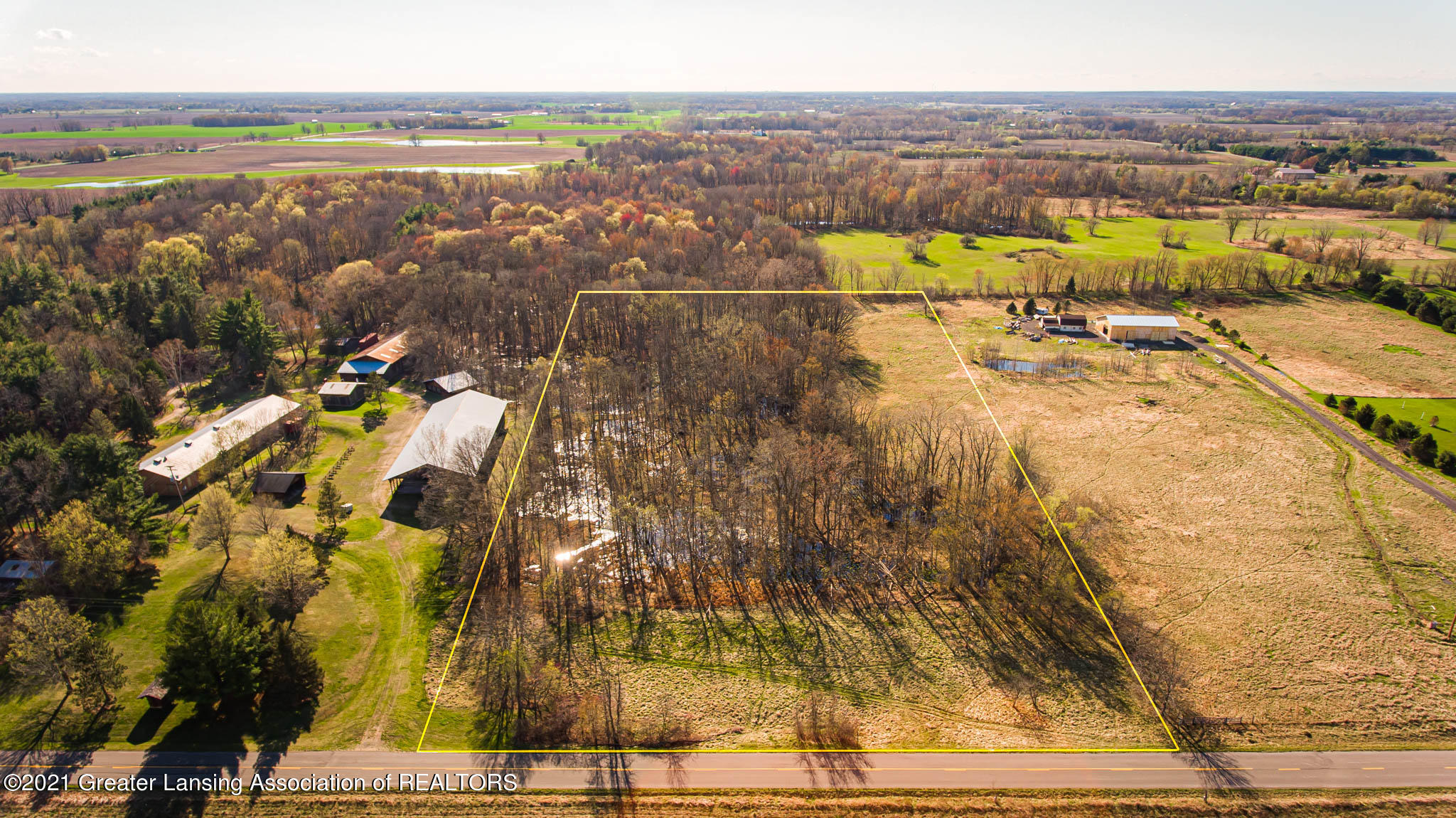 5253 S Corey Rd - 1001-37_Aerial02 - 1