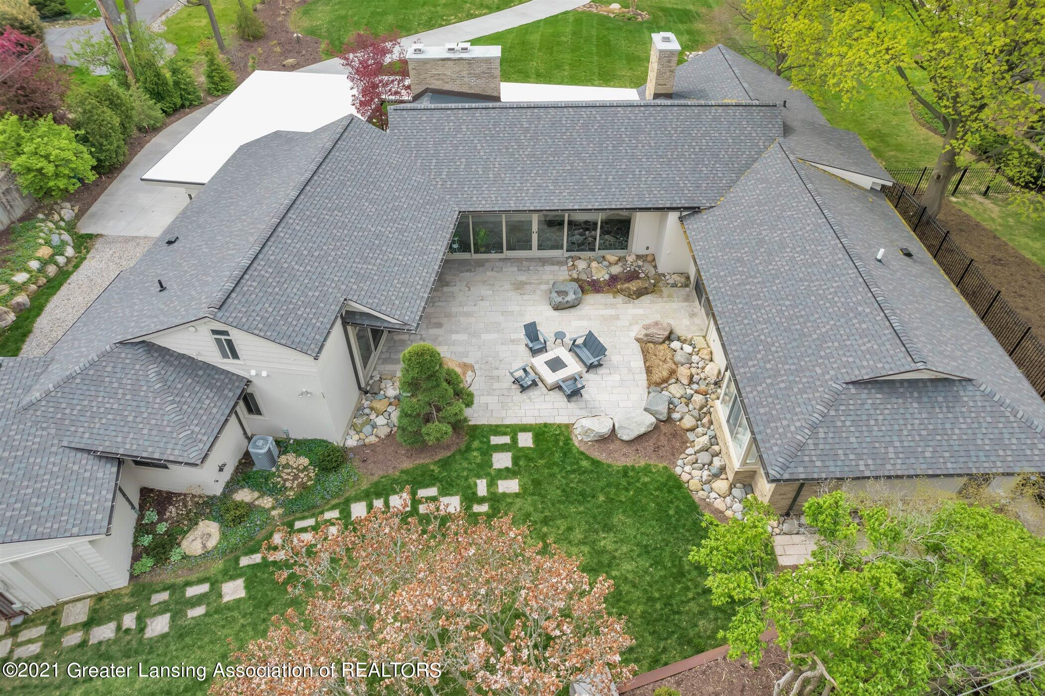 820 Southlawn Ave - EXTERIOR Patio Aerial - 39