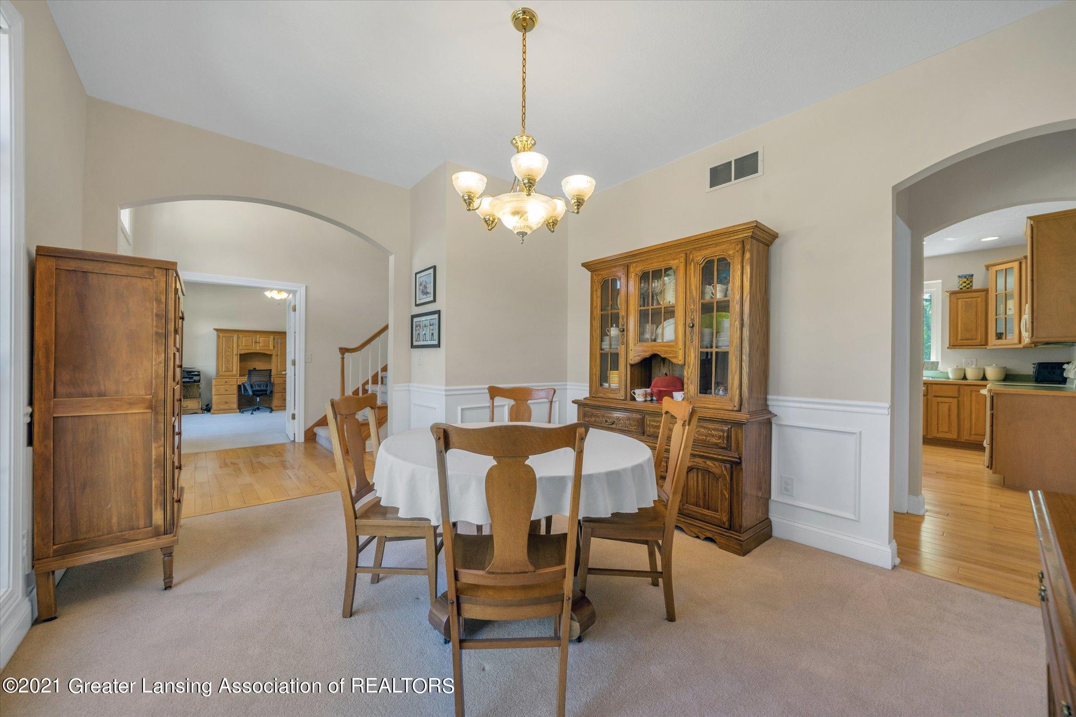 6542 White Clover Dr - MAIN FLOOR Dining Room - 6