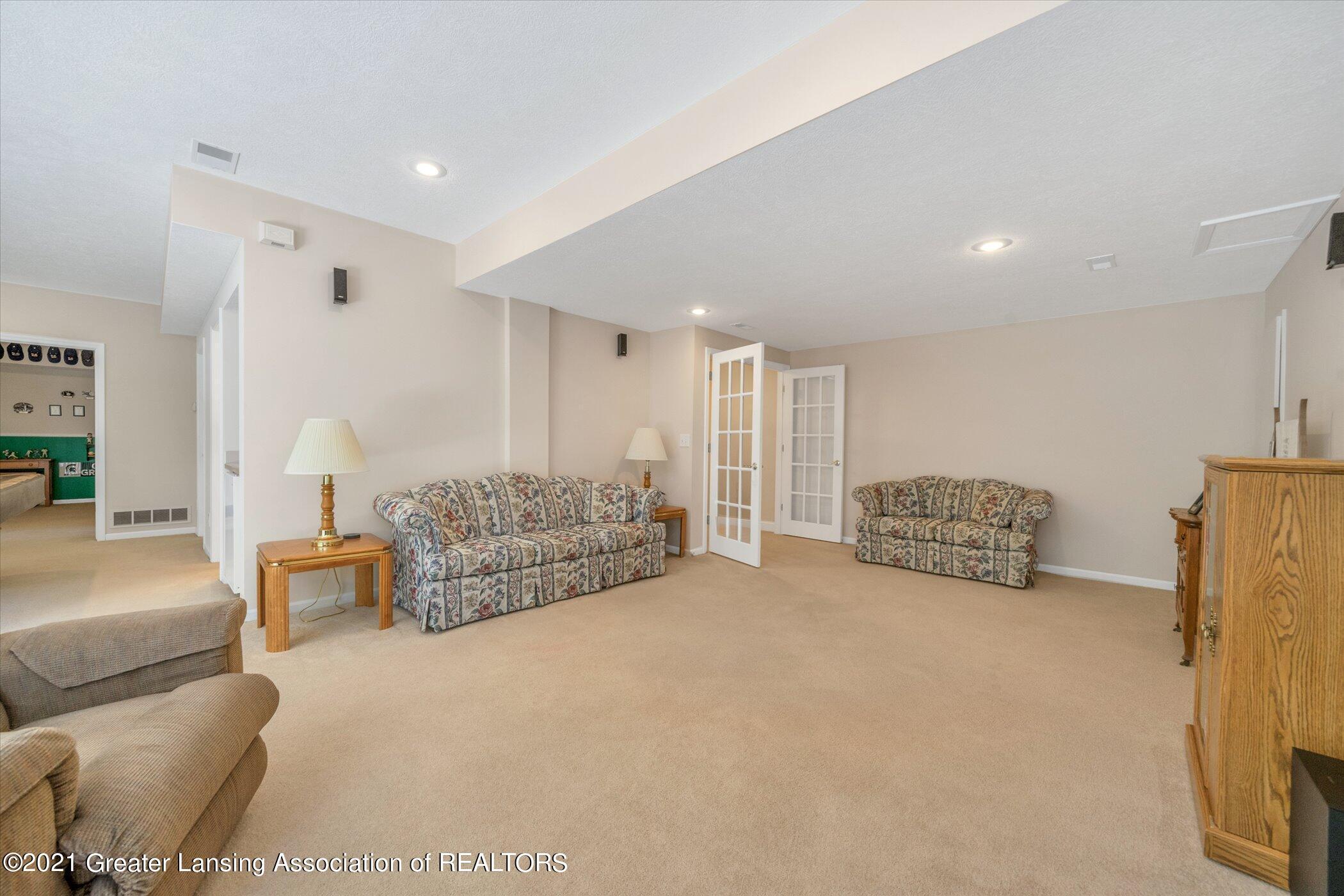 6542 White Clover Dr - LOWER LEVEL Family Room - 31