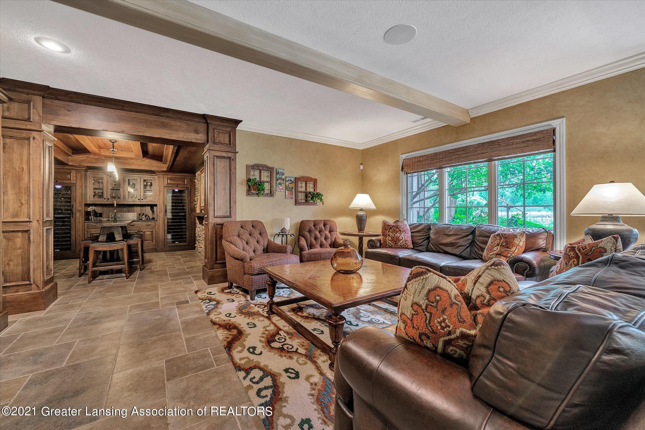 6330 Pine Hollow Dr - LOWER LEVEL Family Room - 8