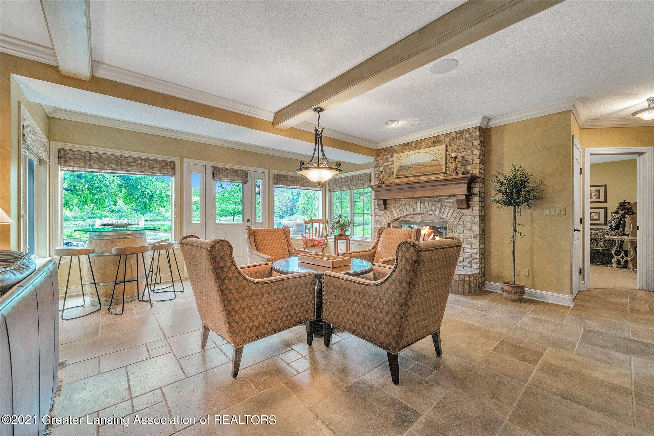 6330 Pine Hollow Dr - LOWER LEVEL Family Room - 42