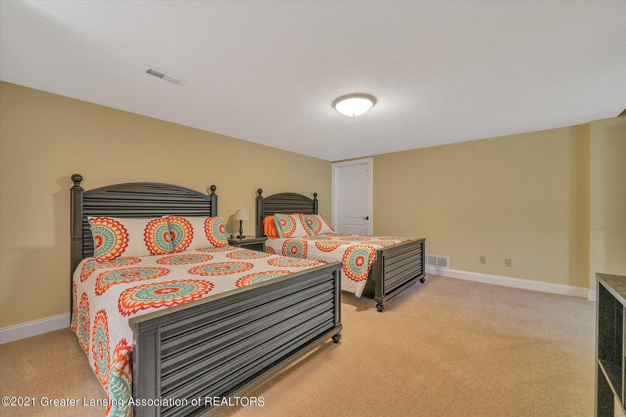 6330 Pine Hollow Dr - LOWER LEVEL Bedroom 4 - 53