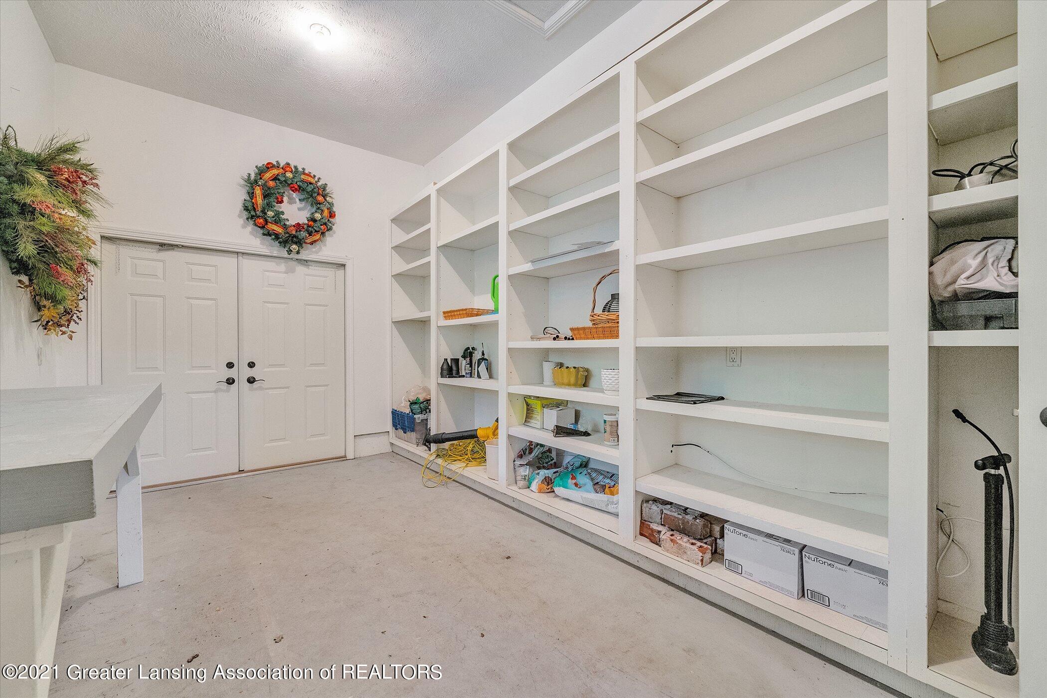 6330 Pine Hollow Dr - THIRD GARAGE Storage - 59