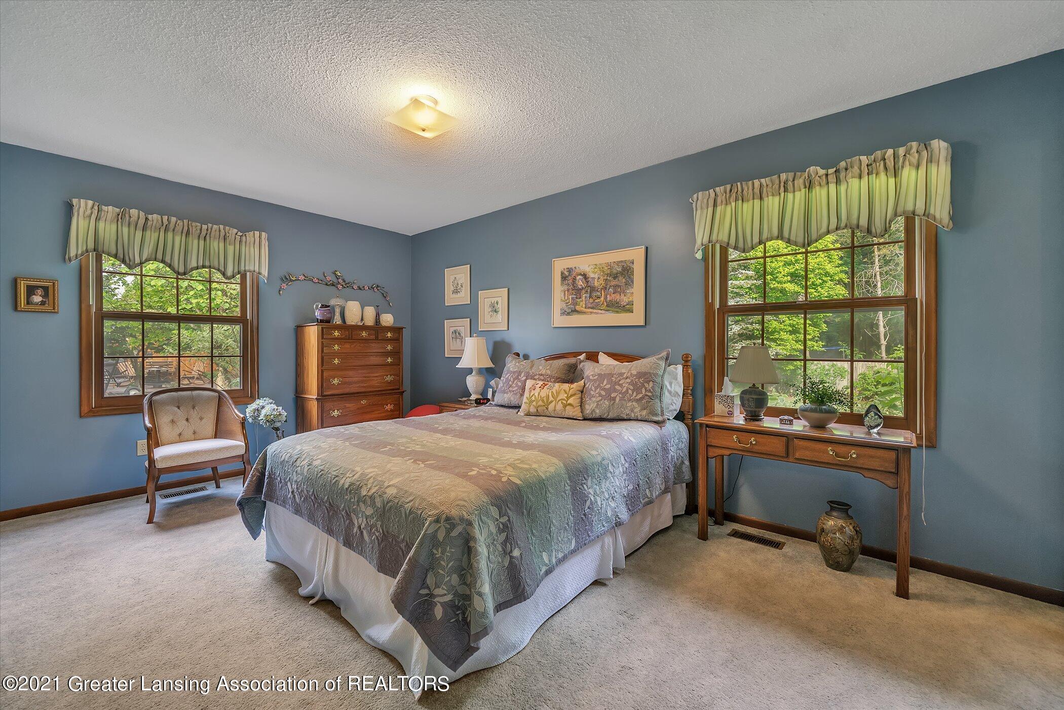 5556 Wood Valley Dr - (12) MAIN FLOOR Primary Bedroom - 12