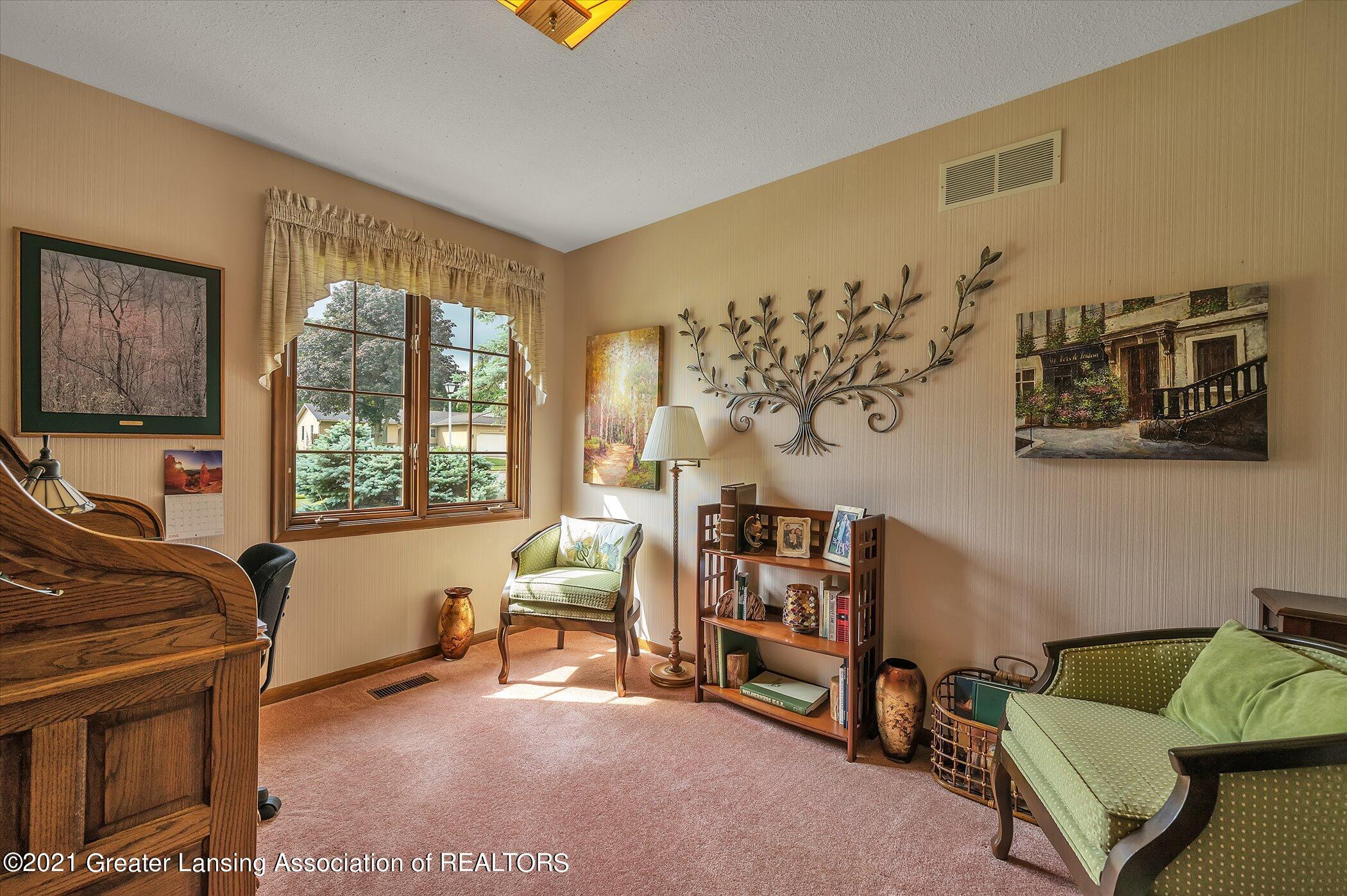 5556 Wood Valley Dr - (18) MAIN FLOOR  Bedroom 3 - 18