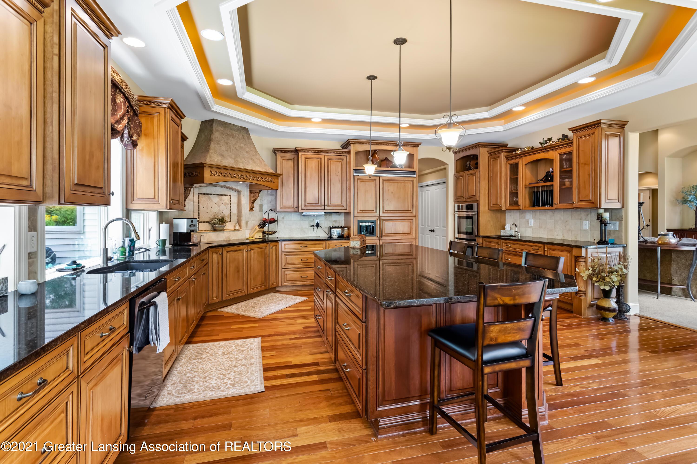 910 Abbey Rd - Kitchen - 16