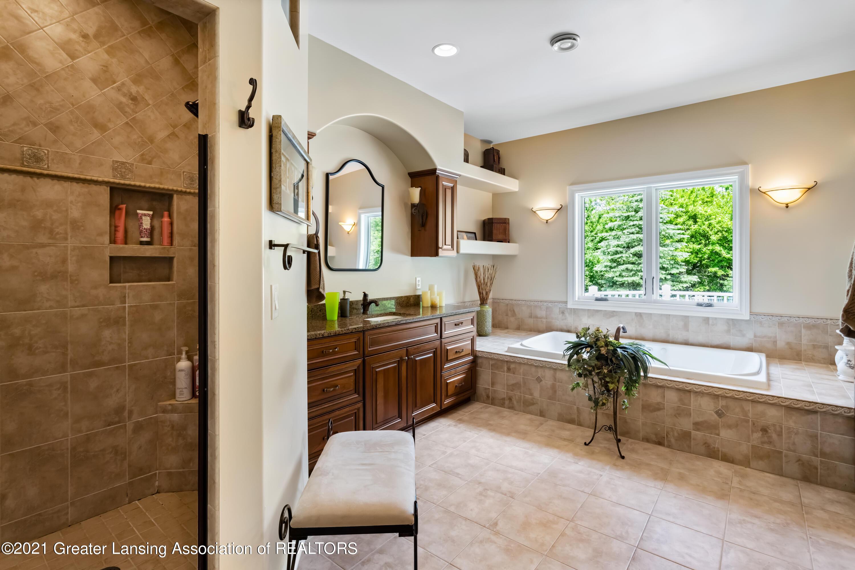 910 Abbey Rd - Shower - 24
