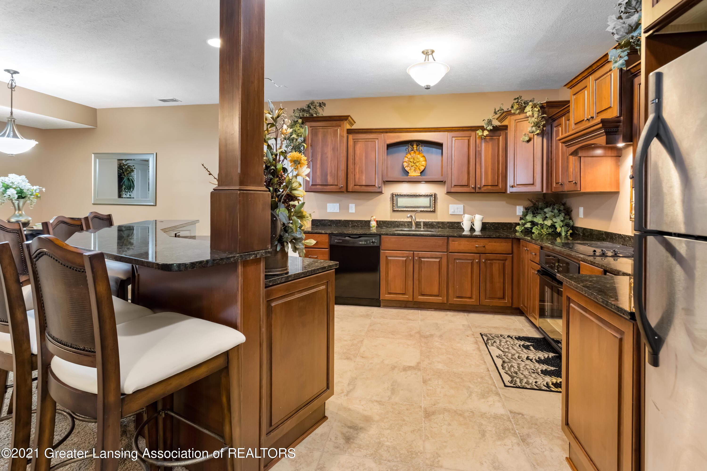 910 Abbey Rd - Lower kitchen - 44