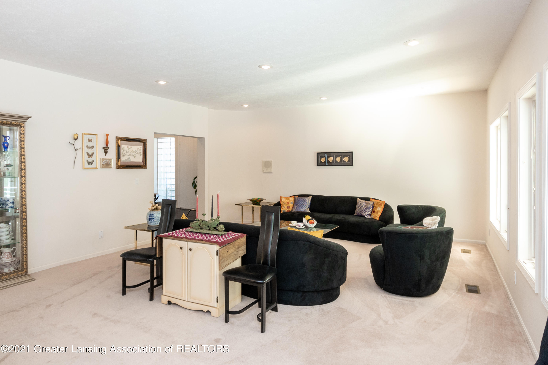 3615 Beech Tree Ln - Living Room - 27