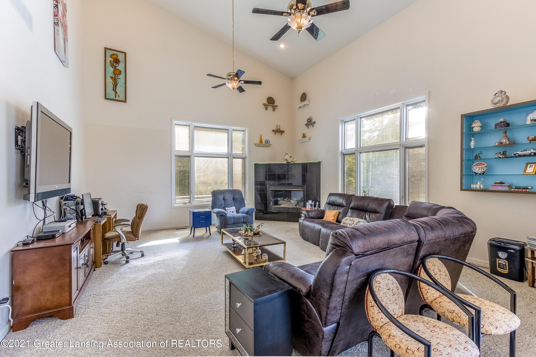 3615 Beech Tree Ln - Living Room - 32