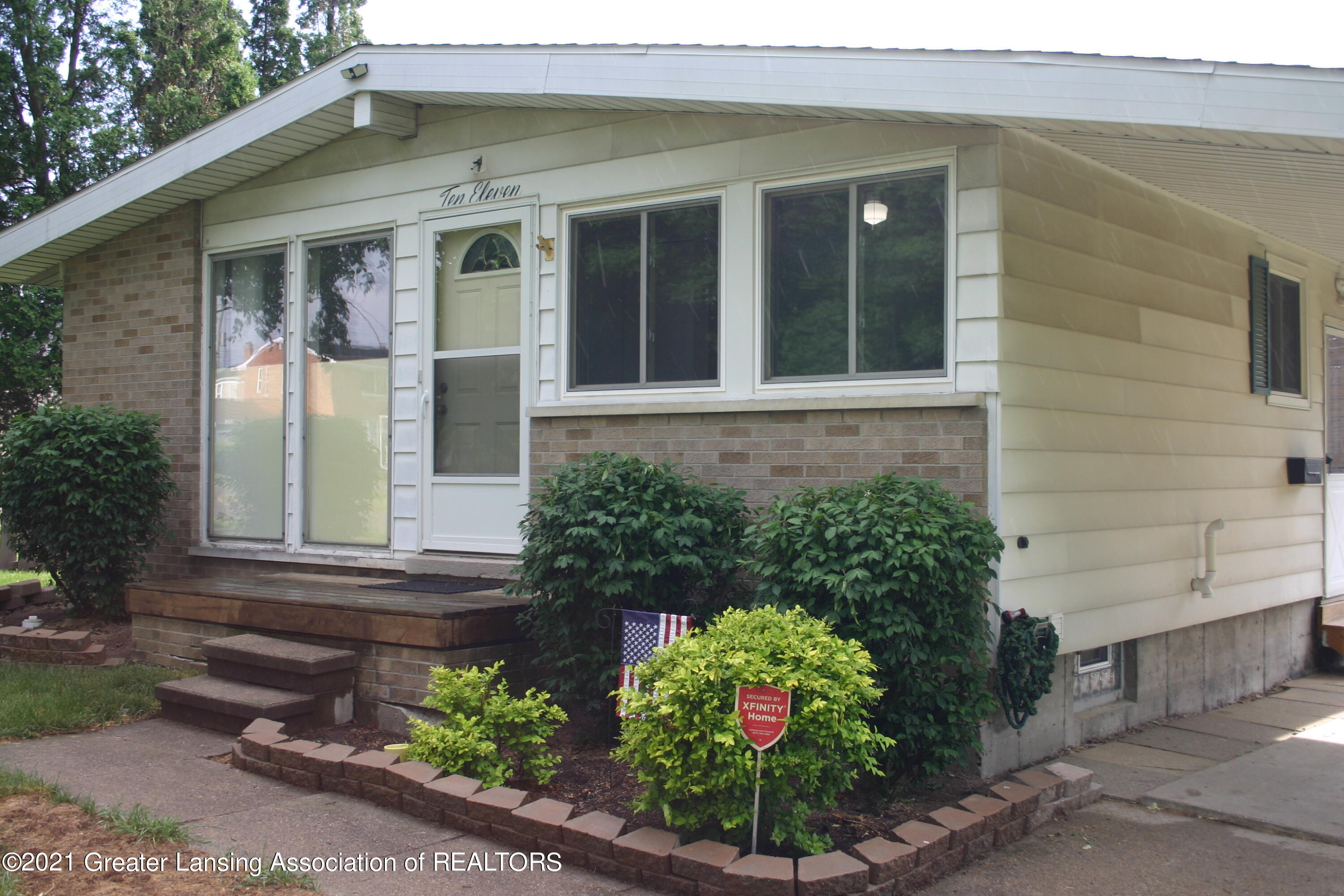 1011 N Magnolia Ave - Front - 1